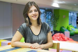 Aline-Borbalan_head-de-inteligencia-de-mercado-do-VivaReal_3